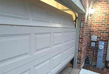 Garage Door Off Track | Garage Door Repair Alvin, TX